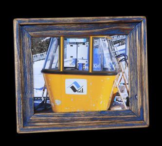 Yellow Gondola (Blue_3) - Click Image